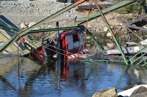 guysborough-bridge-collapse