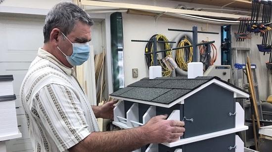 Interest in custom birdhouse building